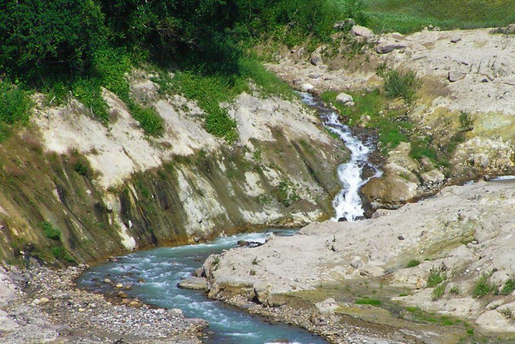 Основные признаки загрязнения воды